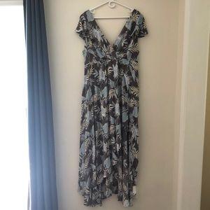 Jumpsuit but look like flowing dress.